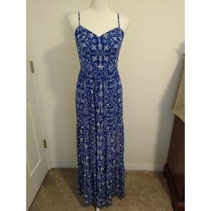 Size S Xhilaration blue bird maxi dress EUC